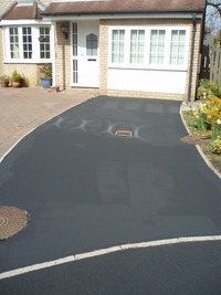 Tarmac repair coating superior to tarmac paint image